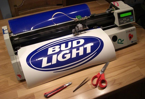 cutting vinyl on cutter - Best Vinyl Cutter